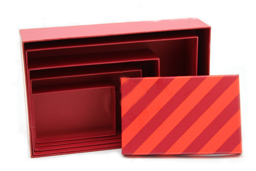 Подарочная коробка прямоугольная Бордо 16 x 10.5 x 4 см