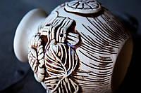 Ваза керамическая  небольшая с лепкой