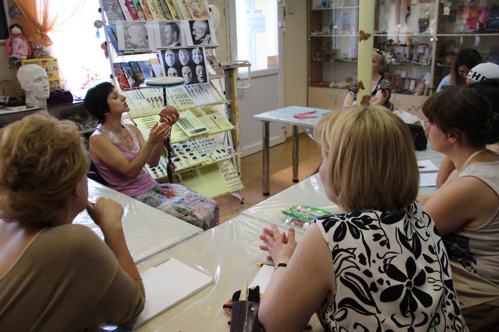 В  Студии куклы прошел увлекательный мастер-класс по скульптуре. Преподаватель, Гордиенко-Хмуринская Татьяна, г. Киев.