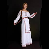 Женский национальный костюм с вышивкой в украинском стиле d8f9a2b35af26