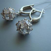 Серебряные серьги-подвески Кубики с прозрачными фианитами, фото 3