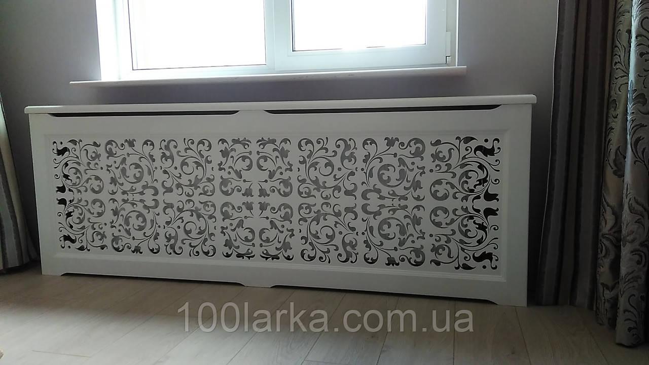 Дерев'яний декоративний екран на чавунну батарею опалення №17В