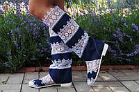 Модные летние высокие комбинированные сине-белые сапоги, кружево+джинс. Арт-0057