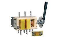 Выключатель-разъединитель перекидной ВР32И-37B71250 400А на 2 напр. съем.рук. IEK