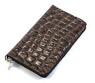 Недорогой удобным коричневый чехол-футляр для телефона на молнии с змеиным принтом (100659)