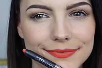 Матовая стойкая помада-карандаш MeNow Kiss Proof Soft Lipstick 19