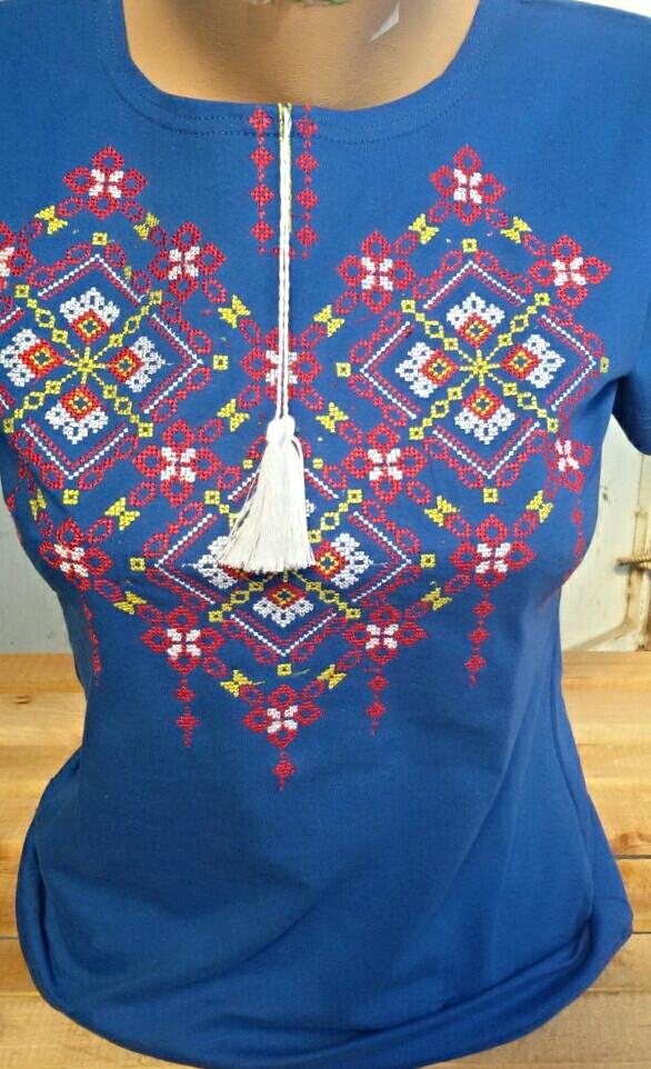 Вышитая футболка женская 322САК