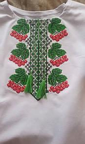 Вышитая футболка женская 324САК