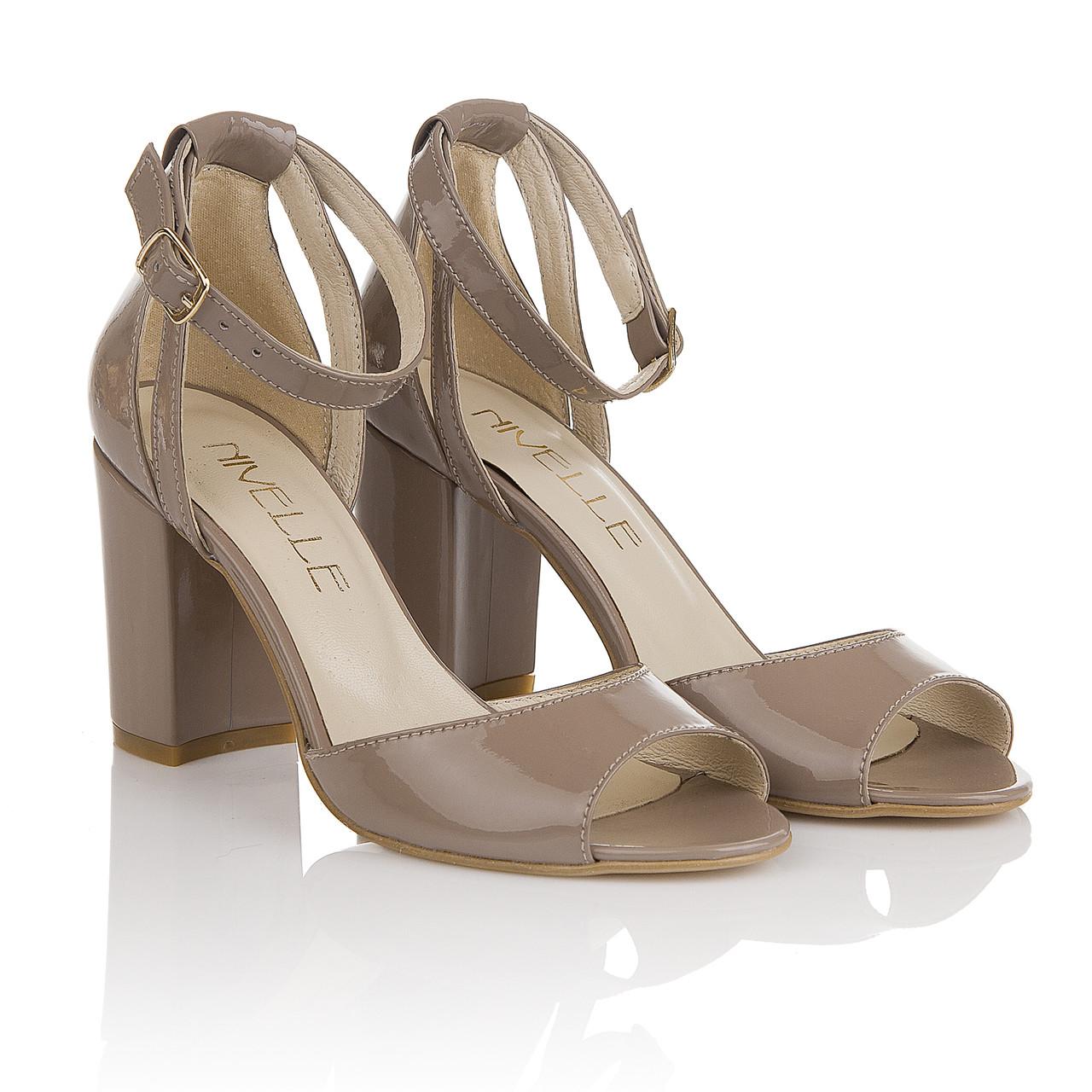 e071a5684db097 Босоножки женские Nivelle (роскошного оттенка серый беж, на удобном  каблуке, натуральная лаковая кожа, изыскан