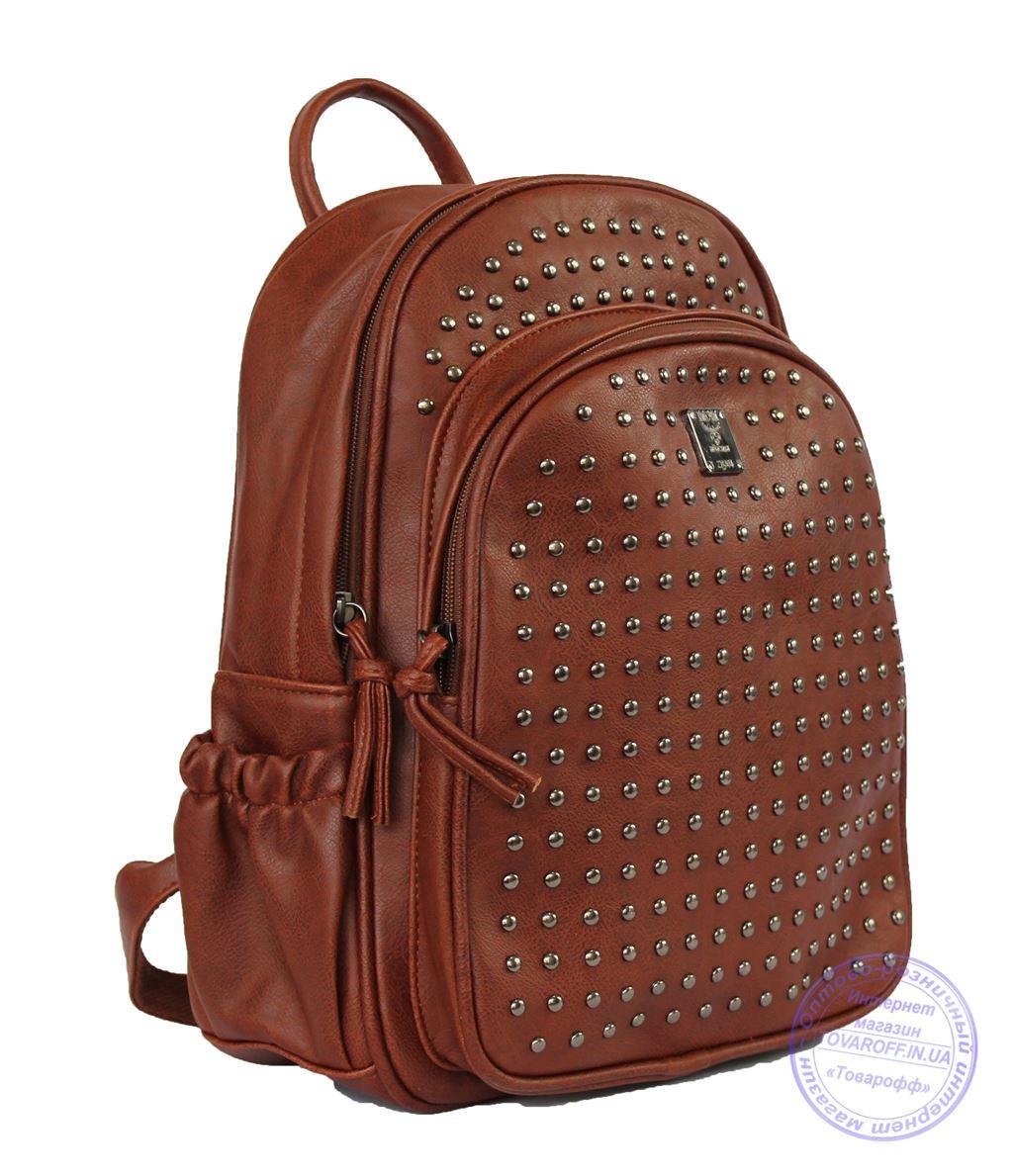 Оптом Рюкзак с шипами небольшого формата - рыжий - 7319