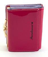 Розовый лаковый горизонтальный женский кошелек на кнопке FUERDANNI art. 1092-1