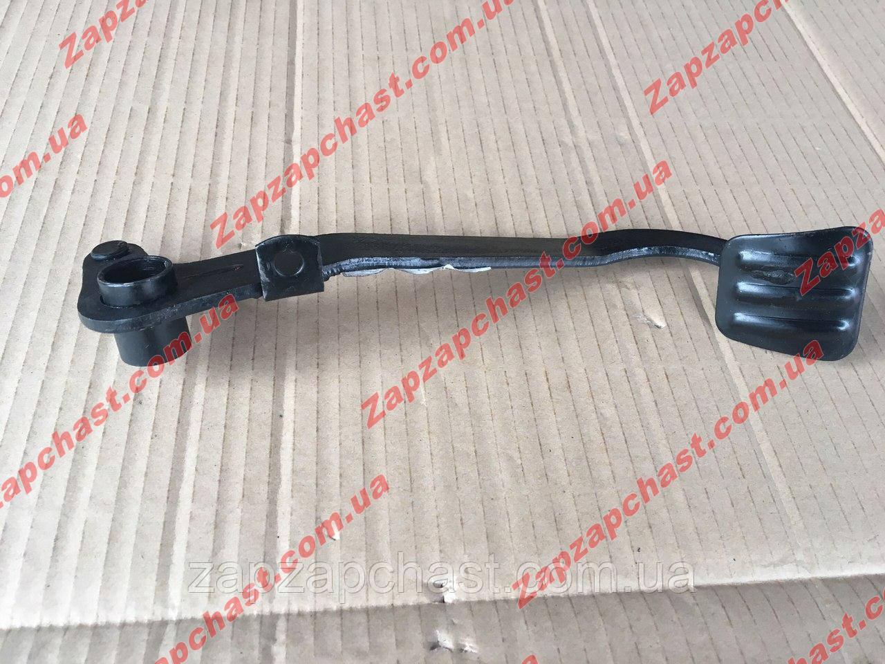Педаль привода сцепления заз 1102 1103 таври славута 1102-1602010