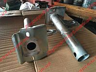 Кронштейны бампера Ваз 2104 2105 наружные передние трубы (к-кт 2шт)