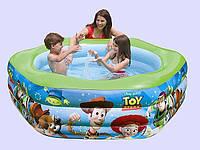 Детский надувной бассейн Intex Disney. Яркий детский надувной бассейн в оформлении стилизованный Диснеевскими персонажами из серии История игрушек