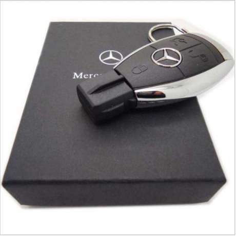 USB флешка в виде ключа Mercedes Benz 16 Gb в подарочной коробке
