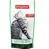 Beaphar Catnip Bits 150г-подушечки для кошек и котят с кошачьей мятой (13249)