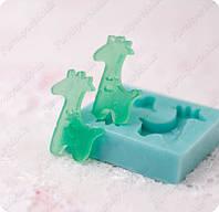 Силиконовый молд на 2 пуговицы (жирафы), для полимерной глины