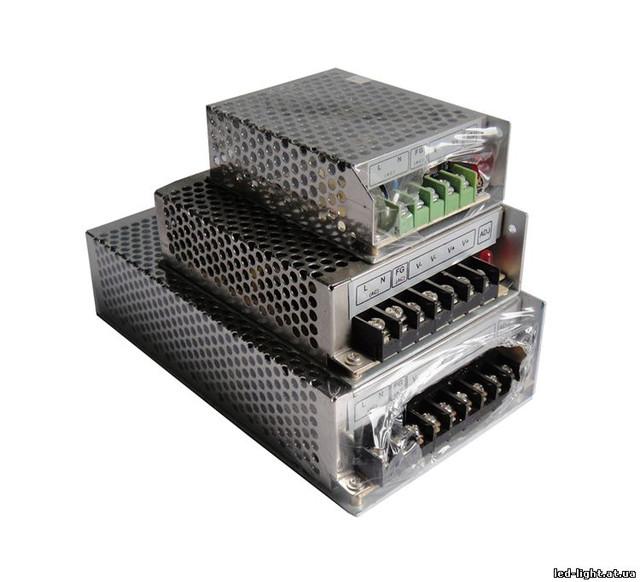 Блоки питания в перфорированном корпусе 12 V