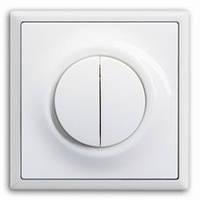 Выключатель двухклавишный проходной.