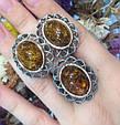 Серебряный комплект серьги и кольцо с золотом и янтарем, фото 4