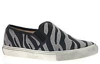 Стильные Модная и стильная женская обувь слипоны на танкетке и платформе с принтом зебры! Очень легкие и удобные!
