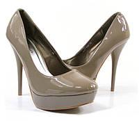 Стильные Стильные и удобные женские туфли, лодочки  на шпильке цвета хаки!