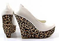 Стильные Стильные и удобные женские туфли, лодочки  на леопардовой платформе!
