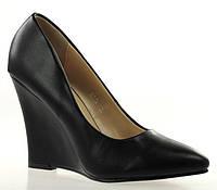 Чрезвычайно стильные Стильные и удобные женские туфли, лодочки  на платформе черного цвета!
