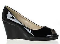 Чрезвычайно стильные Стильные и удобные женские туфли, лодочки  черного цвета на платформе!
