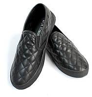 Стильные Модная и стильная женская обувь слипоны на танкетке и платформе черного цвета! Очень легкие и удобные!