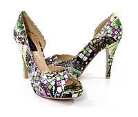Весенные туфли на каблуке. Очень стильные!