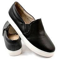 Модная и стильная женская обувь слипоны на танкетке и платформе LENNY