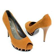 Стильные и удобные женские туфли, лодочки  на шпильке с открытым носком