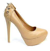 Стильные и удобные женские туфли, лодочки  на шпильке