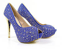 Стильные и удобные женские туфли, лодочки   на шпильке со стразами