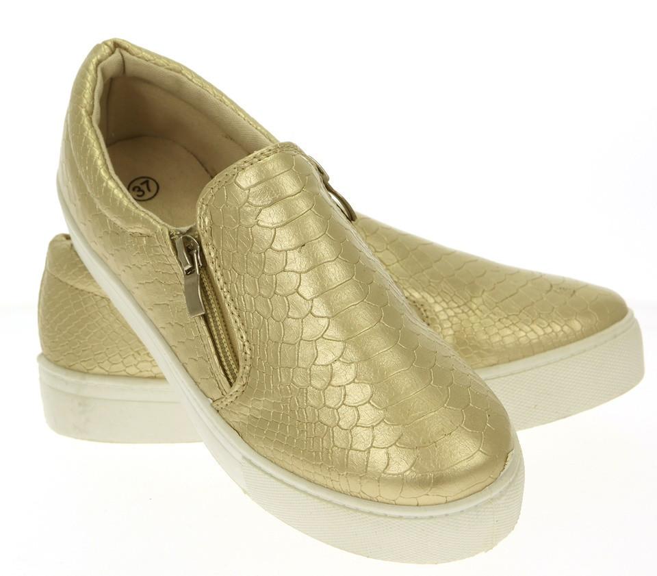 Модная и стильная женская обувь слипоны на танкетке и платформе  - Naff.com.ua- товары для всей семьи. в Киеве