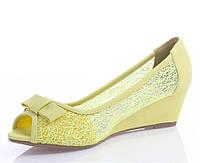 Балетки женские желтого цвета