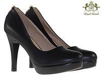 Стильные Стильные и удобные женские туфли, лодочки  черного цвета украшенные молнией! Очень елегантные.