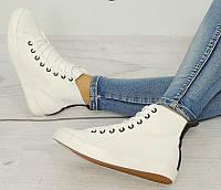 Женская спортивная обувь, кеды белого цвета модного