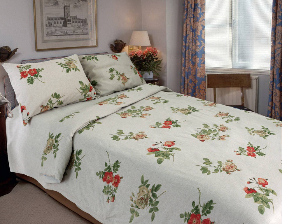 Комплект постельного белья - роскошный и романтичный !