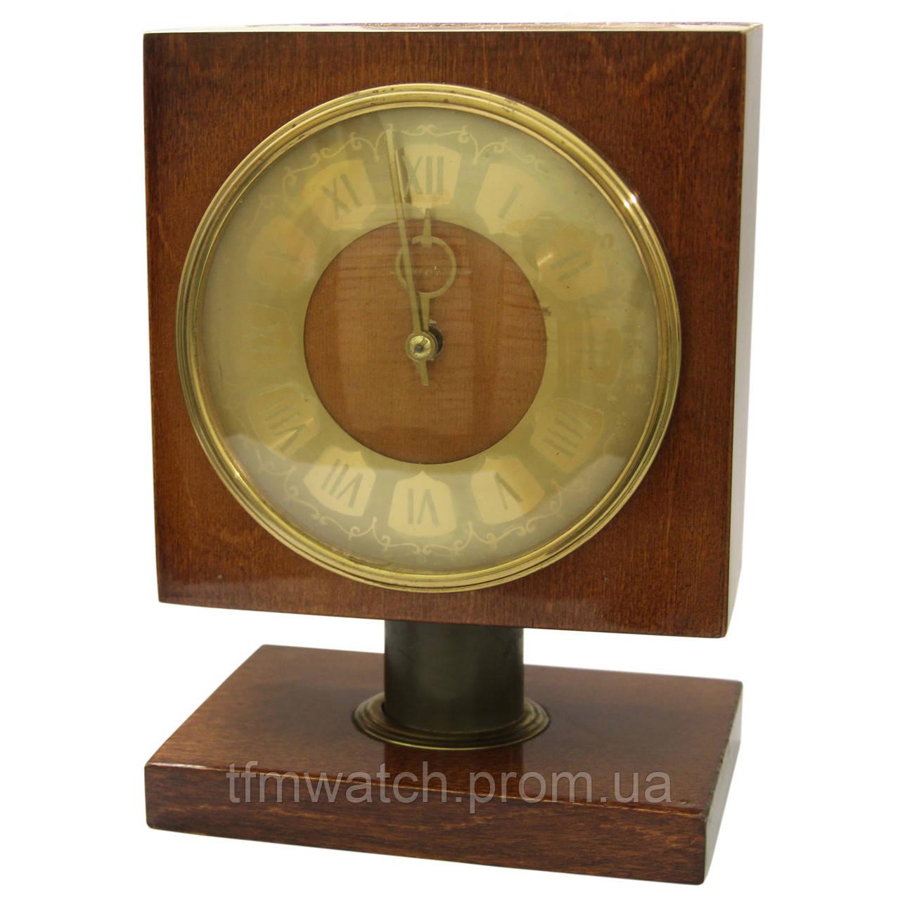 Настольные часы СССР