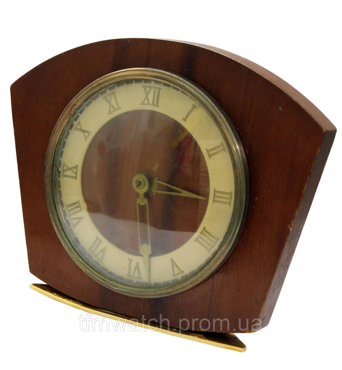 Часы продать настольные советские орловский продам часы настенные