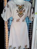 Вышитое женское платье лён