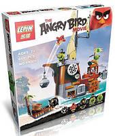 Конструктор Angry Birds Пиратский корабль свинок 19005
