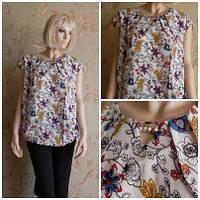 Блуза белая с растительным  узором