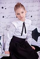 Шкільна блузка для дівчинки: 3570-1