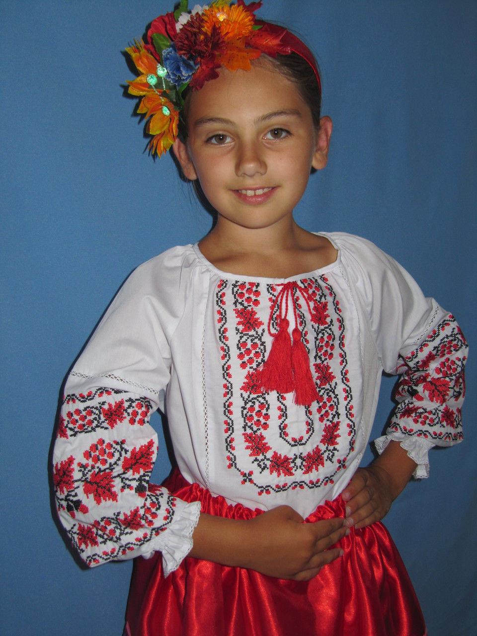 9a5c8f8eedaa8 Вышитая блузка для девочек
