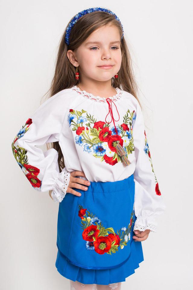 зображення дитяча блузка вишиванка з яскравими квітами