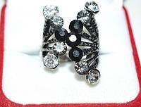 Кольцо на руку, черный металл, черные и белые стразы 23_6_185