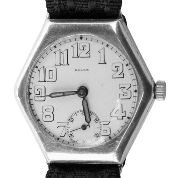 Антикварные часы в Москве (в наличии)